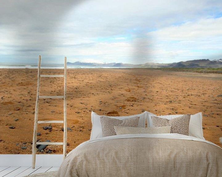 Sfeerimpressie behang: Voetstappen naar de horizon van Jasper Hovenga