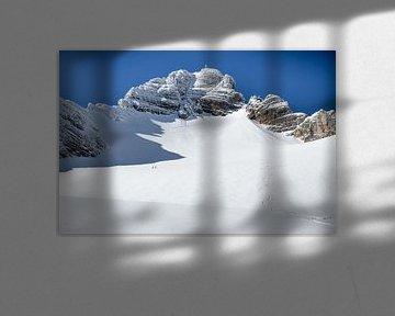 """Berglandschap """"Hohe Dachstein in de Winter"""" van Coen Weesjes"""