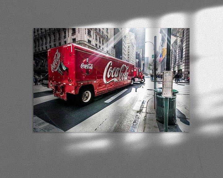 Sfeerimpressie: New York Coca Cola truck van John Sassen