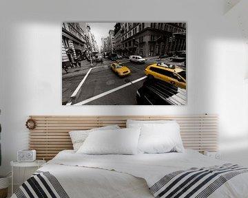 New Yorker gelbes Taxi von John Sassen