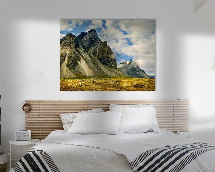 Beispiel: Schroffe Berge in einer unberührten Landschaft von Rietje Bulthuis