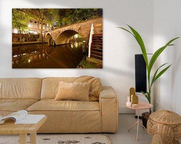 Weesbrug over Oudegracht in Utrecht van Donker Utrecht