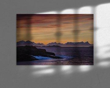 Zonsopkomst in Svolvaer, op de Lofoten von Eddie Smit