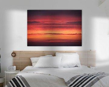 Zonsondergang vuur rode lucht van Ruud Wijnands