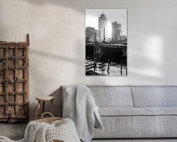 Rembrandttoren Amsterdam (analoge film) van Wesley Flaman