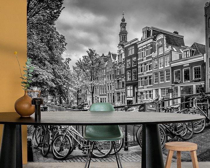 Sfeerimpressie behang: AMSTERDAM Bloemgracht zwart en wit van Melanie Viola