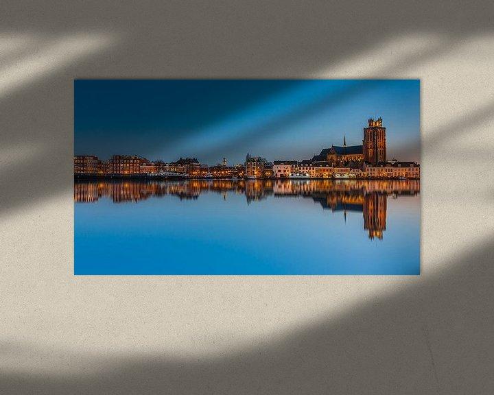 Sfeerimpressie: Dordrecht in the blue hour van Ilya Korzelius