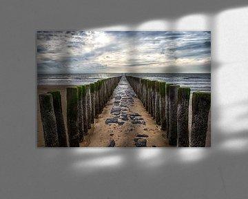 Wellenbrecher am Strand der Zeeland-Küste in der Nähe von Dishoek von Wout Kok