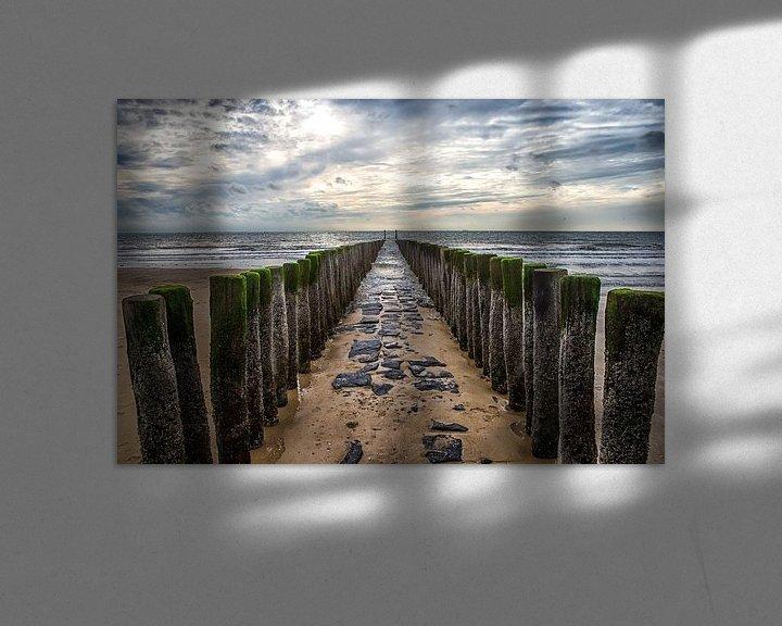 Sfeerimpressie: Golfbreker op het strand van de zeeuwse kust bij Dishoek. Wout Kok One2expose van Wout Kok
