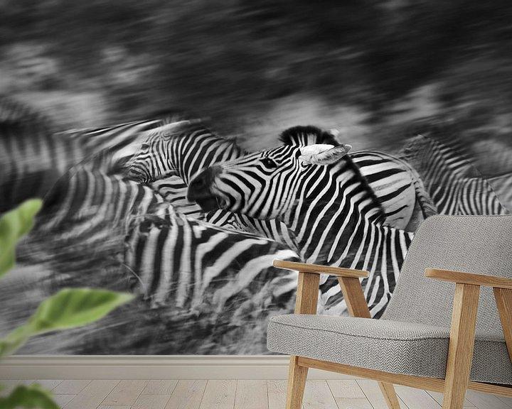 Sfeerimpressie behang: Zebra's running van Jojanneke Vos