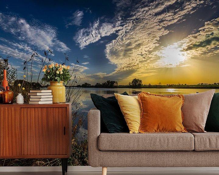 Sfeerimpressie behang: Golden River van William Mevissen
