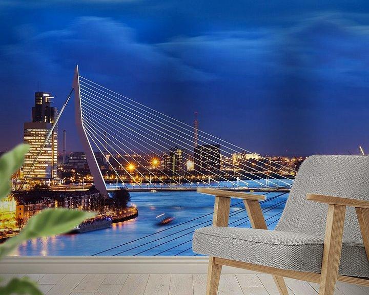 Sfeerimpressie behang: Erasmusbrug blauwe uur van Dennis van de Water