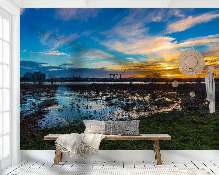 Sfeerimpressie behang: Industrial Sunset van William Mevissen