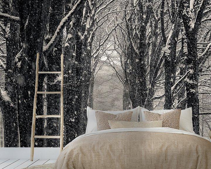Sfeerimpressie behang: Winterlaan van Peter Vruggink
