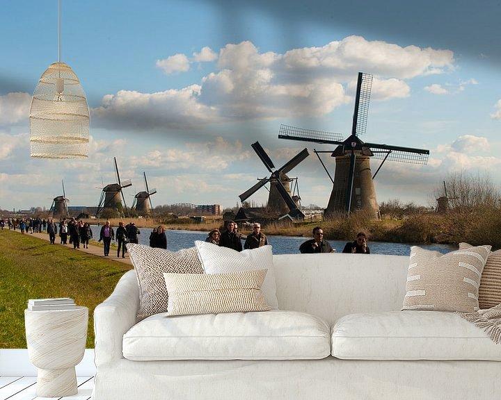 Sfeerimpressie behang: Windmills and Tourists van Brian Morgan
