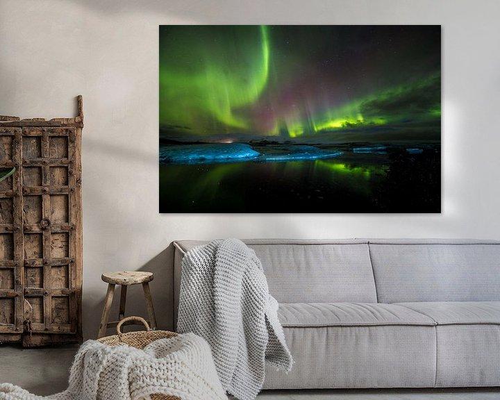Sfeerimpressie: IJsbergen met noorderlicht: Jökulsárlón (IJsland) van Prachtt