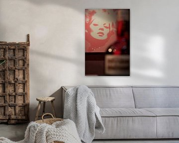 Monroe rouge van Daisy Gilyamse