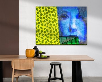 The blue face and the green balcony von Gabi Hampe