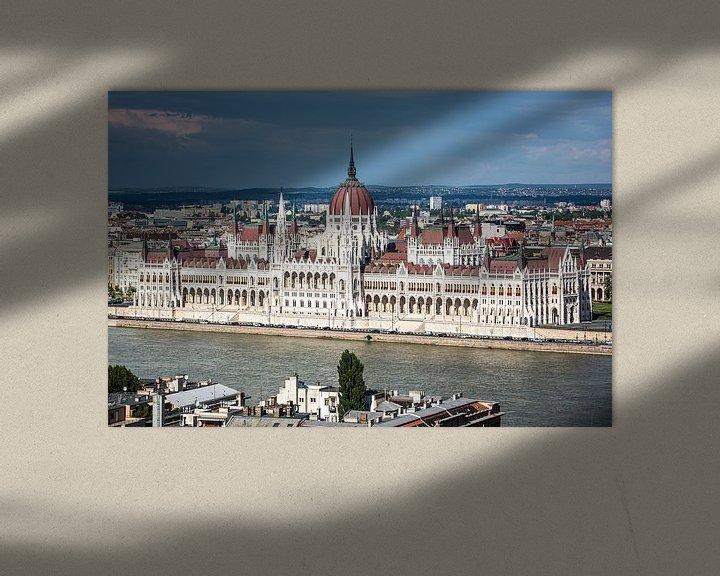 Sfeerimpressie: Parlementsgebouw in Boedapest van Leon Weggelaar