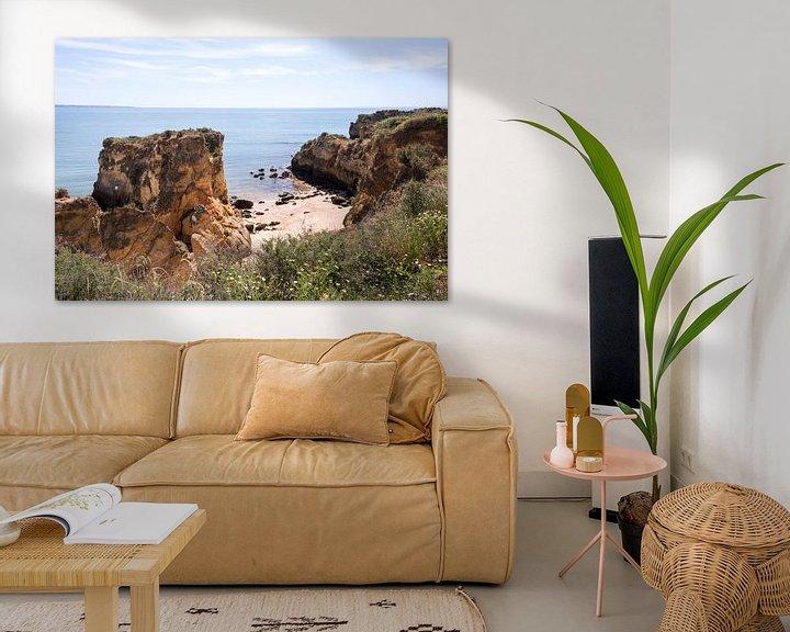 Sfeerimpressie: de rotsen van de algarve bij Laos in Portugal van Compuinfoto .