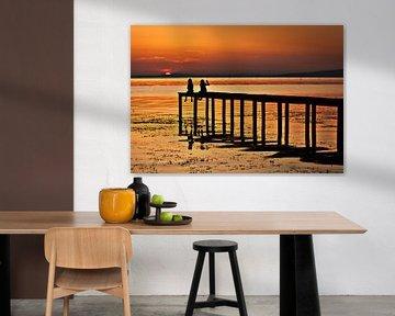 Goodnight - a sunset at Laga Trasimeno van Edwin van Wijk
