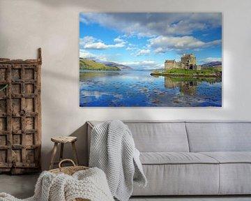 The famous Eliean Donan Castle  van Reinhard  Pantke
