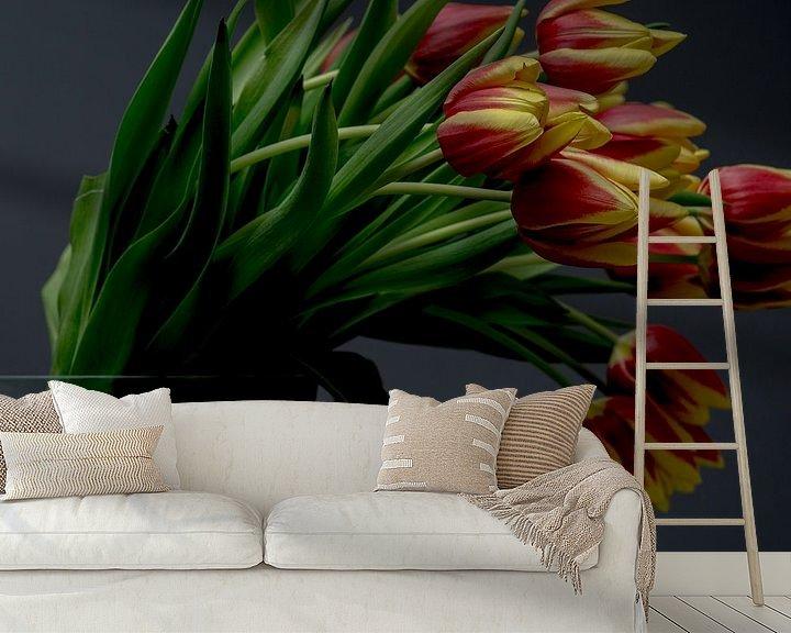 Sfeerimpressie behang: Tulpen van Christian Reijnoudt
