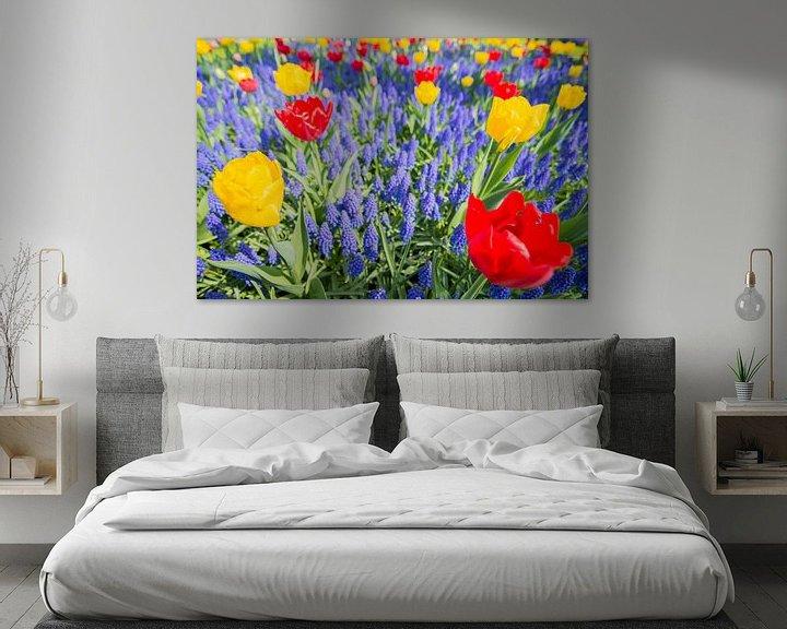 Sfeerimpressie: Red and yellow tulips van Jelmer Jeuring