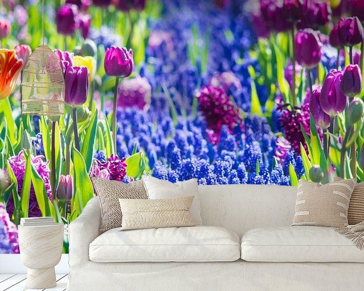 Sfeerimpressie behang: Lots of flowers van Jelmer Jeuring
