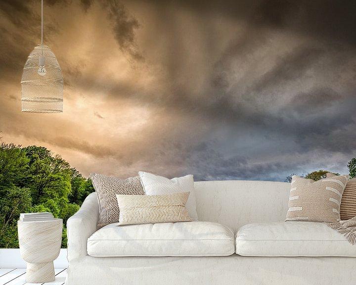 Sfeerimpressie behang: Smoking River .... and THE SKY  van Peter Oslanec