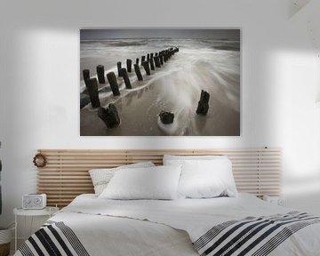 Golfbrekers op het Noordzeestrand van Antwan Janssen