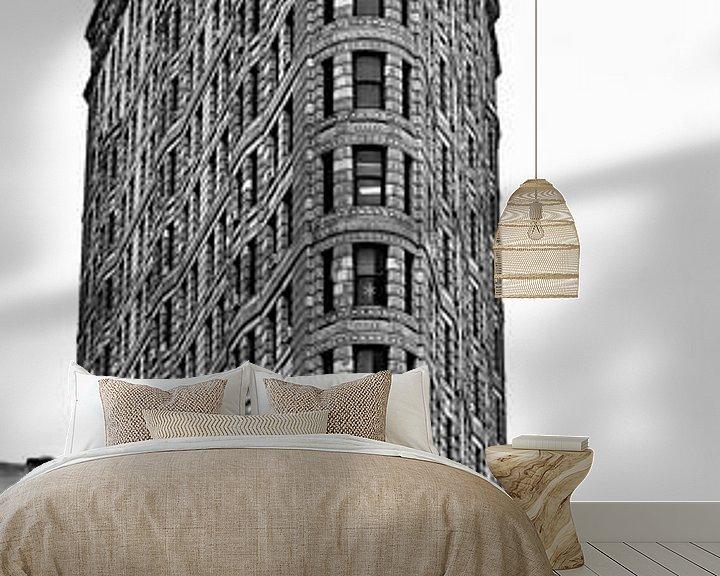 Sfeerimpressie behang: Flat Iron Building New York City van Mark de Boer - Artistiek Fotograaf