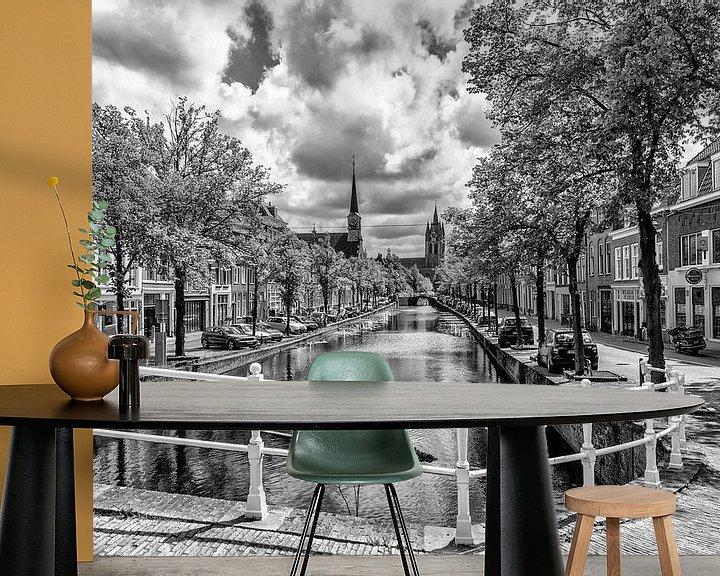 Sfeerimpressie behang: Noordeinde Delft. van Don Fonzarelli