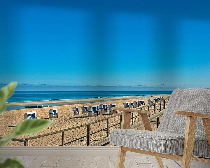 Sfeerimpressie behang: Sylt: strandstoelen in de buurt van Westerland van Norbert Sülzner