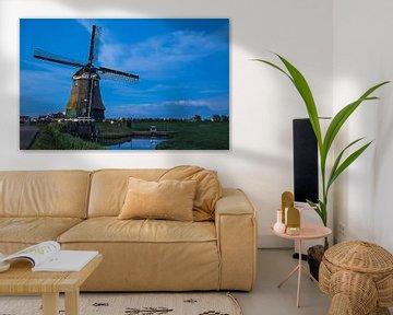Blauwe uur bij de windmolen van Chris Snoek