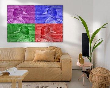 Eend in vier kleuren von Leo Huijzer