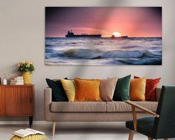 Sunset at sea van Joost Lagerweij