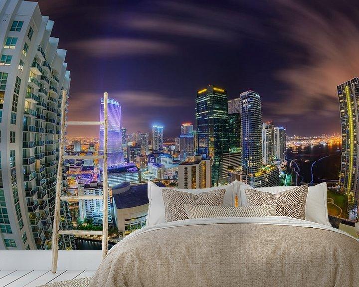 Sfeerimpressie behang: Miami Downtown Skyline in Fisheye van Mark den Hartog