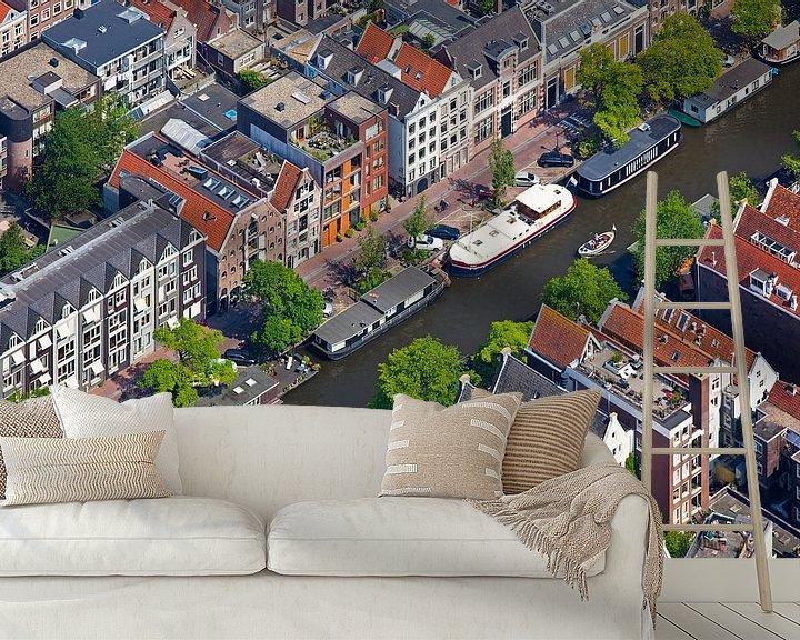 Sfeerimpressie behang: Luchtfoto grachtenpanden Amsterdam van Anton de Zeeuw