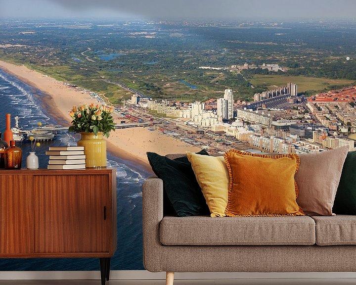 Sfeerimpressie behang: Luchtfoto Scheveningen van Anton de Zeeuw