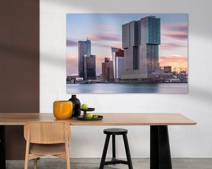 Sfeerimpressie: De Rotterdam bij zonsondergang van Ilya Korzelius