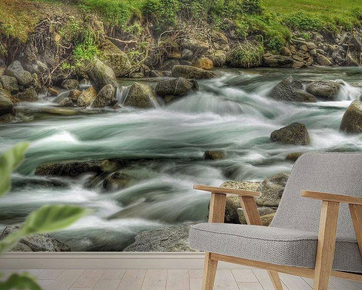 Sfeerimpressie behang: Slow water van Martin Van der Pluym