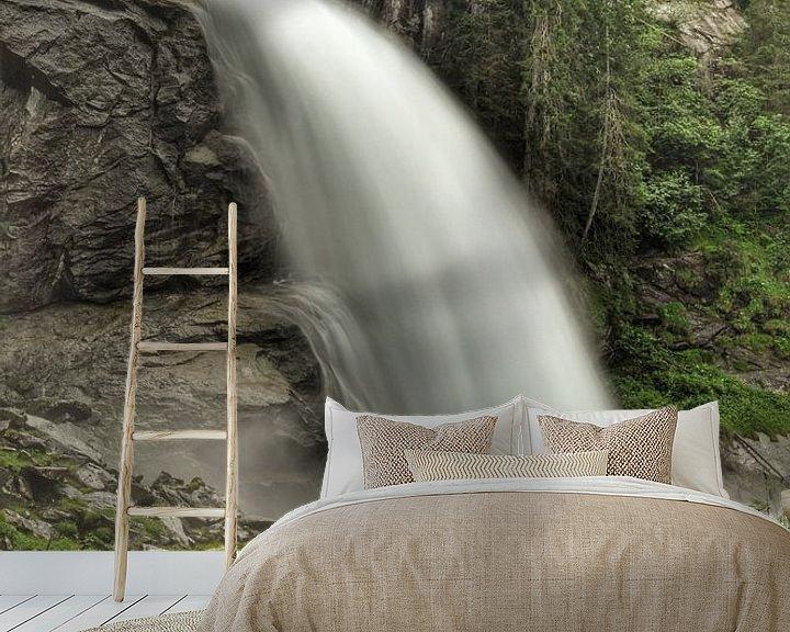 Sfeerimpressie behang: Krimml waterval van Martin Van der Pluym