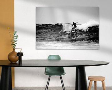Surfer Silhouet, Arugambay, Sri Lanka van Roel Janssen