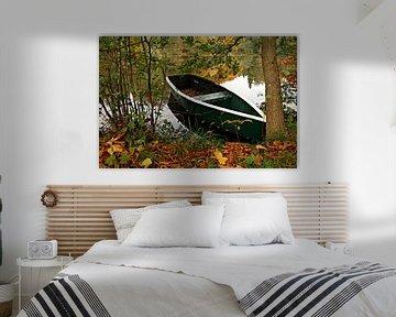 Boat on a lake van Rico Ködder