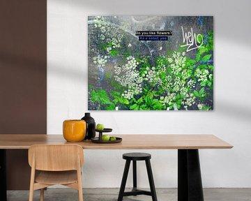 Small Talk: Do You Like Flowers? van MoArt (Maurice Heuts)