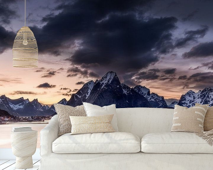 Sfeerimpressie behang: Norway Village van Tom Opdebeeck