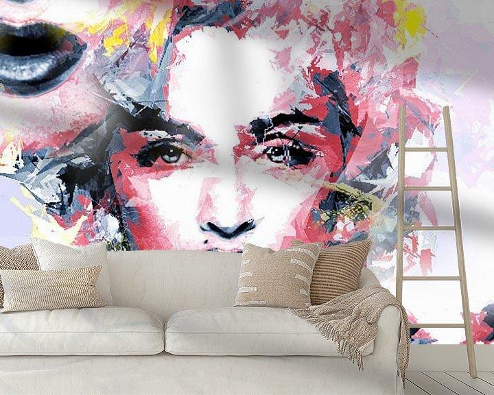 Sfeerimpressie behang: The Three Madonna's van Brian Raggatt