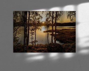 """""""Zonsondergang"""" over een meertje in Dalarna, Zweden. sur Kaj Hendriks"""
