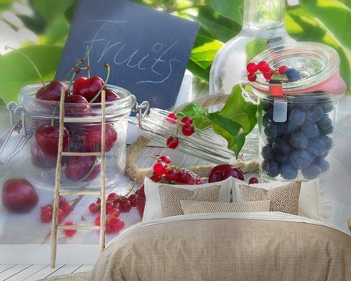 Sfeerimpressie behang: Frische Früchte des Sommers van Tanja Riedel